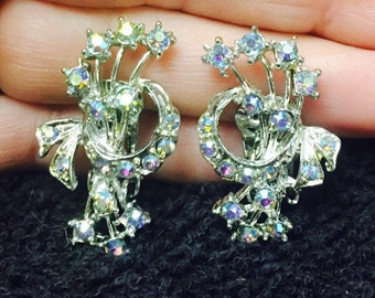 Vintage Wedding Aurora Borealis Rhinestone Silvertone Clip On  Earrings