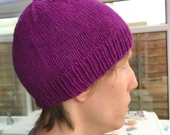 Seamlessly Stretchy Hat (Knitting Pattern)