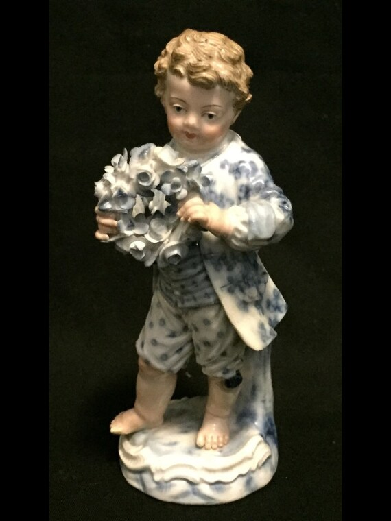 """FREE SHIPPING-Antique-Early 1800's-Meissen-Porcelain-4 3/4"""" Tall-Young Boy With Flowered Wreath-Figurine"""