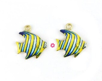 x 2 enamel 17x15mm (220 d) and Golden fish charms