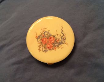Vintage Powder Compact with Mirror Gold Clasp Cream Floral Vanity Purse Powder Accessory Empty