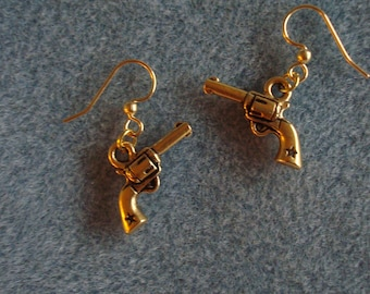 Pewter 6 Shooter Earrings