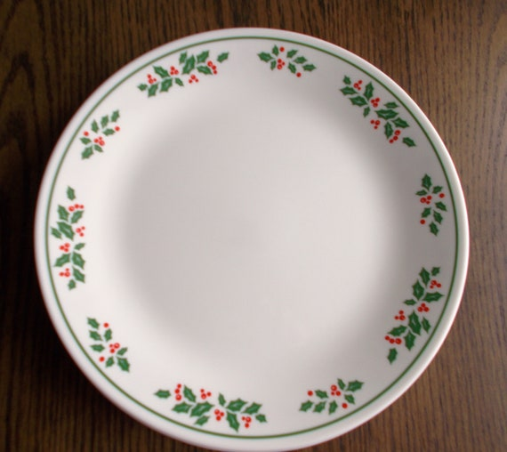 Set of 4 Vintage Corelle Christmas Winter Holly Dinner Plates