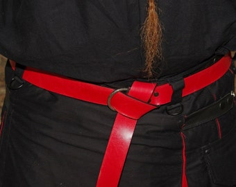 Leather Ring Belt in Red