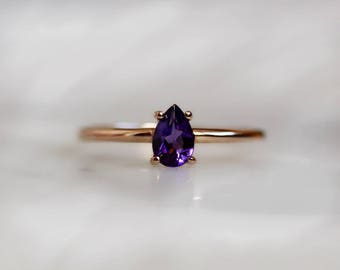 14K Pear-Shaped Amethyst Solitaire Ring, Amethyst Ring, Purple Stone, February Birthstone, Dainty Jewelry, Minimal, Boho Jewelry, Tear Shape