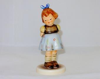 Hummel Figurine, Two Hands One Treat  TMK-7