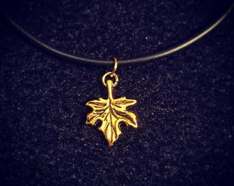 Charm necklace: Gold tone maple leaf. Autumn lover. Fall.