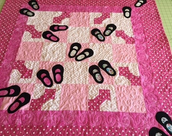 """Mary Jane Baby Quilt 38"""" square"""
