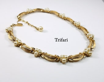 Vintage Crown Trifari Brushed Goldtone Necklace with Clear Rhinestones & Faux Pearls, Vintage 1960s Crown Trifari Gold Necklace - Great Gift