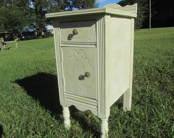 Vintage furniture, Shabby decor side table, Ornate, French, Vintage side table,End table, Furniture,Shabby chic decor,nightstand,Night Stand