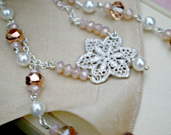 Dolly's Pearls - Necklace