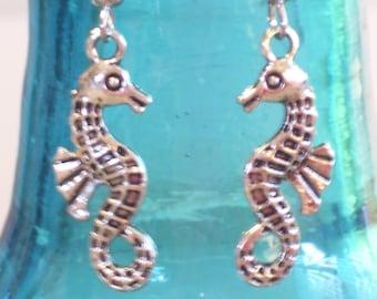 Antiqued Silver Small Seahorse Earrings, Beach Earrings, Beach Jewelry, Sea Life Earrings, Silver Seahorse, Silver Sea Horse Jewelry