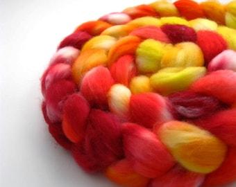 Tulips Merino Wool Roving - 100% superwash merino dyed