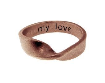 14K Gold Mobius Ininity Ring Personalized Solid Gold Twist Band Custom Hand Stamped Love Anniversary Wedding Ring Engraved Artisan Jewelry