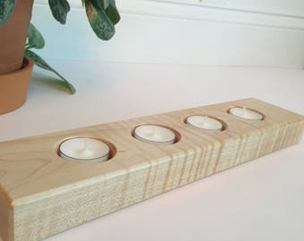 Candle Centerpiece - Curly Maple
