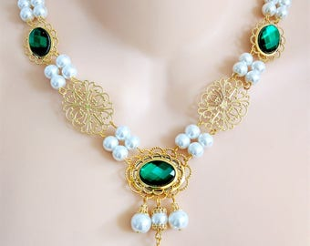 Renaissance Jewelry, Renaissance Necklace, Medieval Necklace, Tudor, Medieval Jewelry, Cosplay, Gold Plated Settings & Filigree,Green, Reign