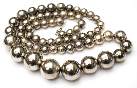 Large Graduated Silver Ball Bead Necklace -  silver chain - 25 inches - boho chunky - silver plated beads