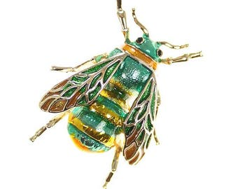 Bee Brooch, Realistic Bee Insect Bug Broach, Bumble Bee Jewelry Component, Emerald Green Gold Bee Broach, DIY Craft Supply Embellishment