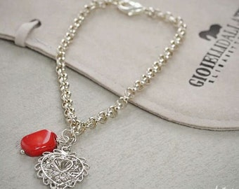 Bracelet with aluminium chain baroque heart and bamboo coral