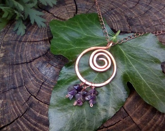 Spiral copper necklace with amethyst