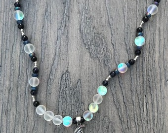 Glimmering Moon Necklace