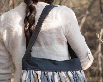 Sewing Pattern: Gathered Sling PDF bag pattern by Jen Fox Studios. Handbag sewing pattern with pockets, instant download purse pattern