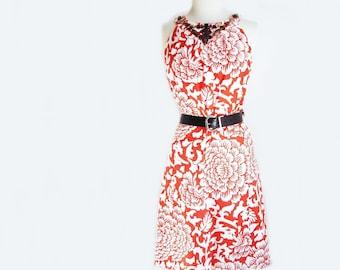 Vintage 90s floral dress/ rusty orange on white/ embellished wood bead neckline/ faux necklace halter dress/ Jessica Howard
