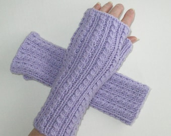Lavender Fingerless Gloves / Wool Cables / Texting Gloves