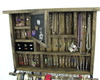 Jewelry Displays and Creative Organization by BlackForestCottage