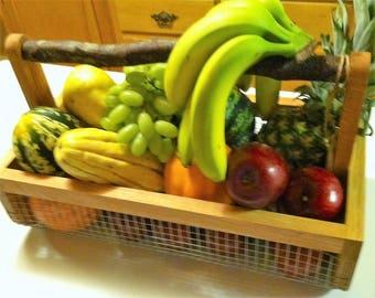 Harvest Basket,Farmhouse Wire Basket, Gardening Basket/Harvesting Basket/ Gardening Tool/ Wire Basket,Picnic Basket, Storage Basket, Medium