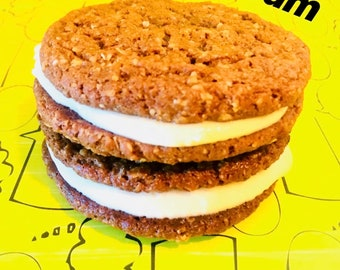 Vegan Oatmeal Cream Pies