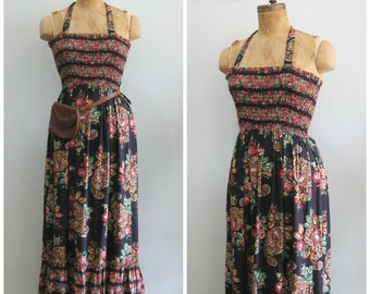 1970's/80's Cotton Rose Print Maxi Dress// Halter// Size Medium