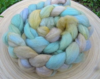 Hand dyed merino corriedale wool blend combed Top Roving for spinning and felting - 115 grams