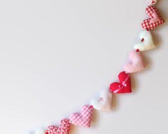 Heart Garland / Heart Bunting / Fabric Heart / Shabby Chic Garland / Gingham Garland / Red and White / 2 meter