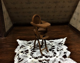 Finely Crafted Vintage Wooden High Chair