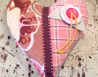 Lavender Heart Sachet with Buttons, Trim & String