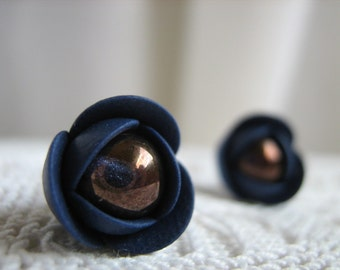 Polymer clay earrings - Navy blue flower small stud earrings with Czech glass beads
