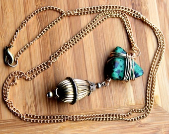 Spotted Green Stone Necklace