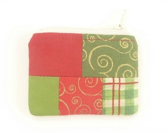 60 PERCENT OFF mini christmas zipper pouch coin purse. red green tiny zipper pouch. patchwork fabric coin purse