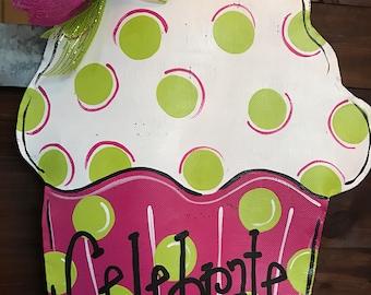 IN STOCK! XL Cupcake Door Decoration