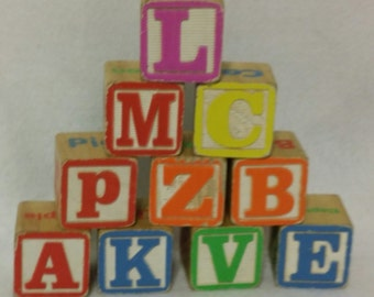 Set of 10 Wooden ABC Blocks with Numbers and Animal Pictures