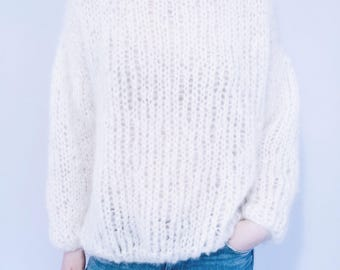 THE STOCKEVIK SWEATER | Mohair | White Handmade Knitwear Fashion Boho Soft Onesize Chunky Wool Mohair Cozyknit