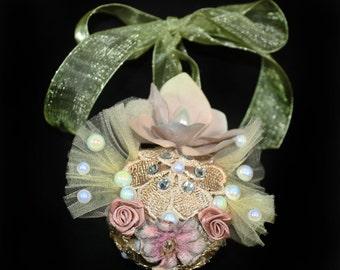 Rococo Christmas Decorations, Chic Christmas Tree Ornaments, Christmas Gift Ideas, Handmade Baubles, Fantasy Tree Balls