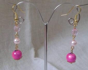 Earrings three pink beads