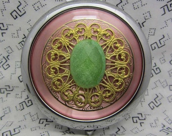 Compact Mirror - Bridesmaid Gift Comes With Protective Pouch - Cute Gift for Friend - Retro Compact Mirror - Pinkey Limey