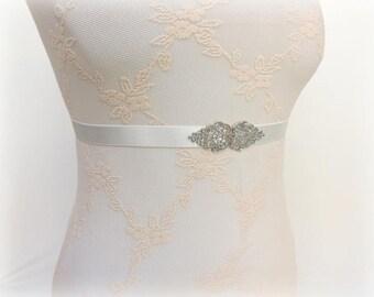 Ivory elastic waist belt. Silver filigree belt. Dress belt. Bridal belt. Stretch belt. Bridesmaids belt. Wedding belt. Offwhite belt.