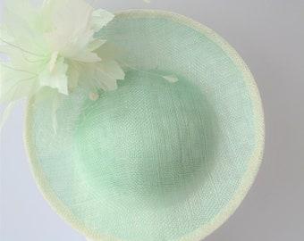 Mint green disc hat. Ascot hat. Mint green saucer hat. Mint green percher hat. Mint green wedding hat. Mint green Derby hat. Occasion hat.