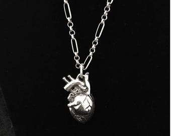 heart necklace//anatomical heart pendant//human heart chain necklace//Valentine
