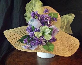 Women's Derby Hat