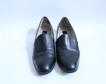 Minimal Leather Slip On Oxfords
